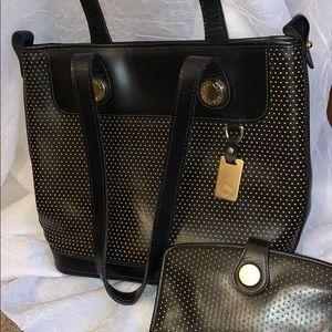 Dooney and Bourke Black leather handbag